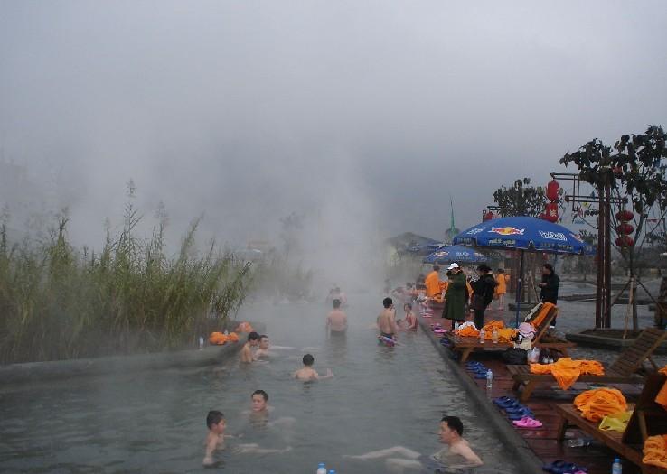 加上较好的温泉沐浴,西部大峡谷温泉曾被誉为川,滇及大西南旅游线上的